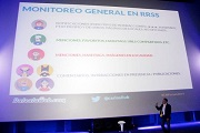 Charla-Analitica-Redes-Sociales-Carlos-Lluberes6-Community-Management-Forum-2014-Lima PB