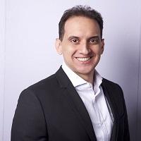Carlos-Lluberes-Conferencista-Consultor-200